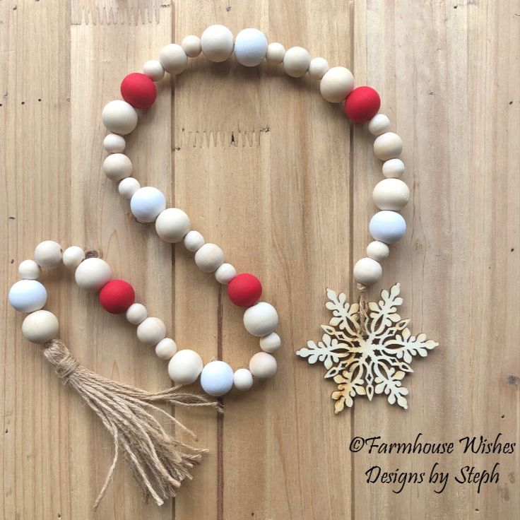 Snowflake Farmhouse garland in red and white, Christmas
