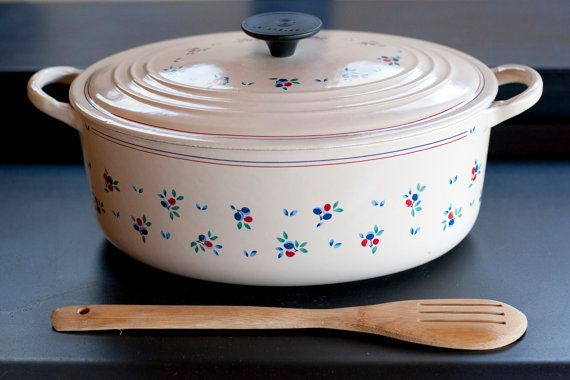Cleaning vintage le creuset very pity