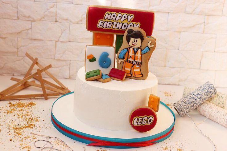 Вместе с героями Лего строим позитивное настроениена празднике, который бывает только раз в году‼️