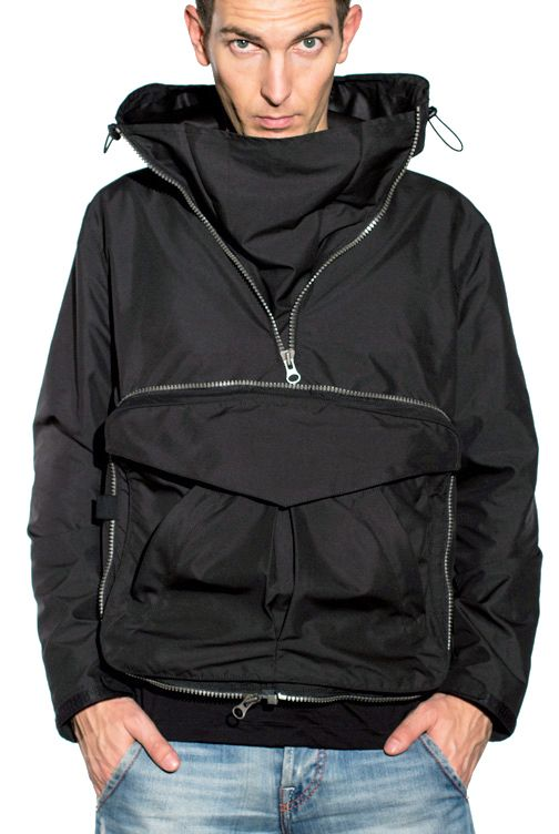 Jacket. #ergonomics #urban #waterproof #hitech #urbanstyle #metamorphosis #transformation