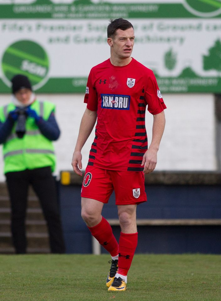 Queen's Park's David Galt in action during the SPFL League One game between Raith Rovers and Queen's Park.
