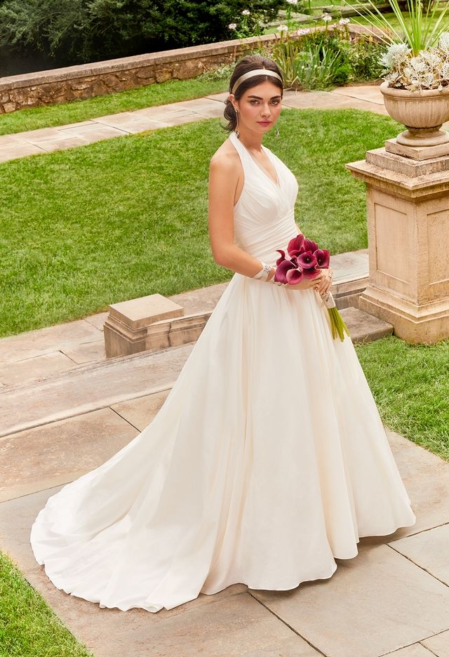 Halter Top Is Fine Texture Consistency Is Good Not Rough Looking Back Is Simple But Fine P Ruched Wedding Dress Ball Gown Wedding Dress Ball Gowns Wedding