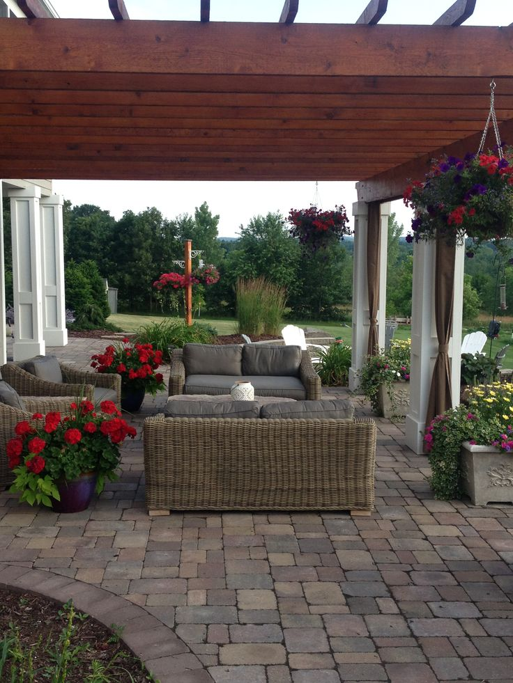 Pergola and patio pavers yard ideas pinterest for Pinterest patio pavers