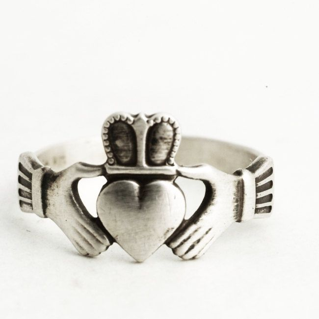 Claddagh Ring Sterling Silver, Heart and Hand, Engagement Ring, Irish Promise Ring, Vintage Silver Ring, Irish Gift for Her, Size 7 (V6370) by Spoonier on Etsy