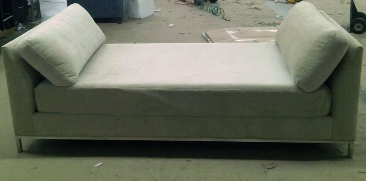 Daybed with Metal Base #customfurniture #daybed #bedroom #losangeles