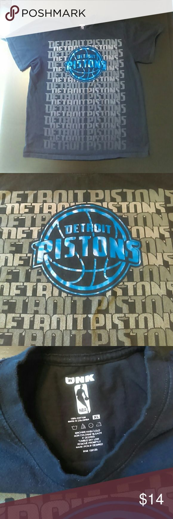 """UNK Detroit Pistons Black Basketball T-Shirt Great condition black t-shirt with grey spell out """"Detroit Pistons"""", and blue outline basketball emblem. UNK Shirts Tees - Short Sleeve"""
