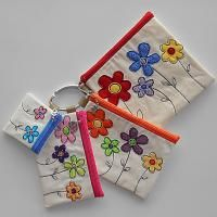 Zip Pouches | All Sew Crafty