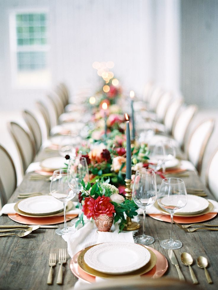 Photography : Charla Storey Photography | Floral Design : The Southern Table Read More on SMP: http://www.stylemepretty.com/2016/03/17/ethereal-emerald-inspired-wedding-inspiration/