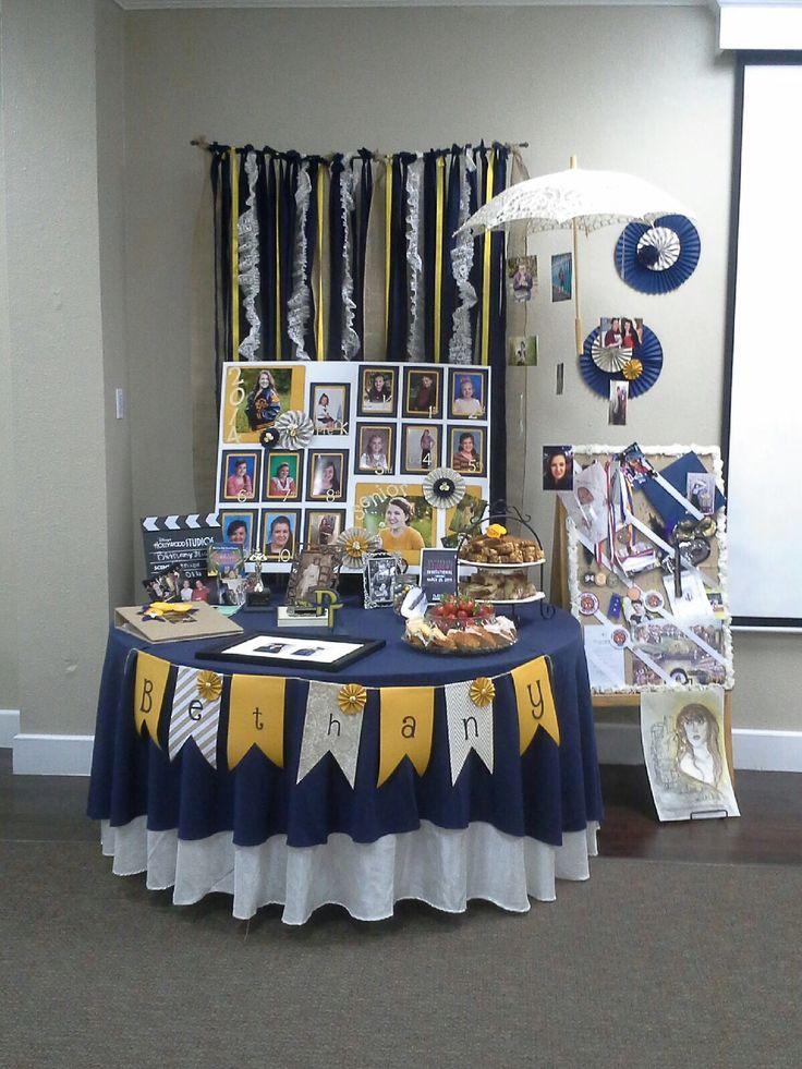 Graduation Party Table Decorations