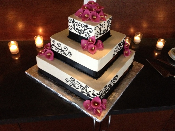 Awesome wedding cake at Naples Bay resort in Naples Florida with mobile sound entertainment. #mse