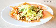 Deze carpaccio van zalm is een gezond recept uit het kookboek van Pascale Naessens puur eten. Makkelijk gerecht en super gezond. Zalmcarpaccio is gezond en lekker.