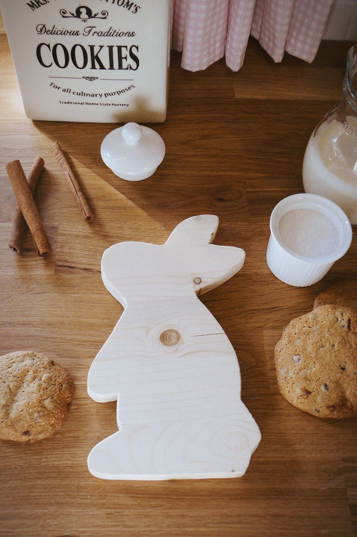 Handmade wooden bunny serving board, home decoration, kitchen decoration , kids present, wedding gift, farmhouse decor, paintable, christmas by WoodiesByManna on Etsy