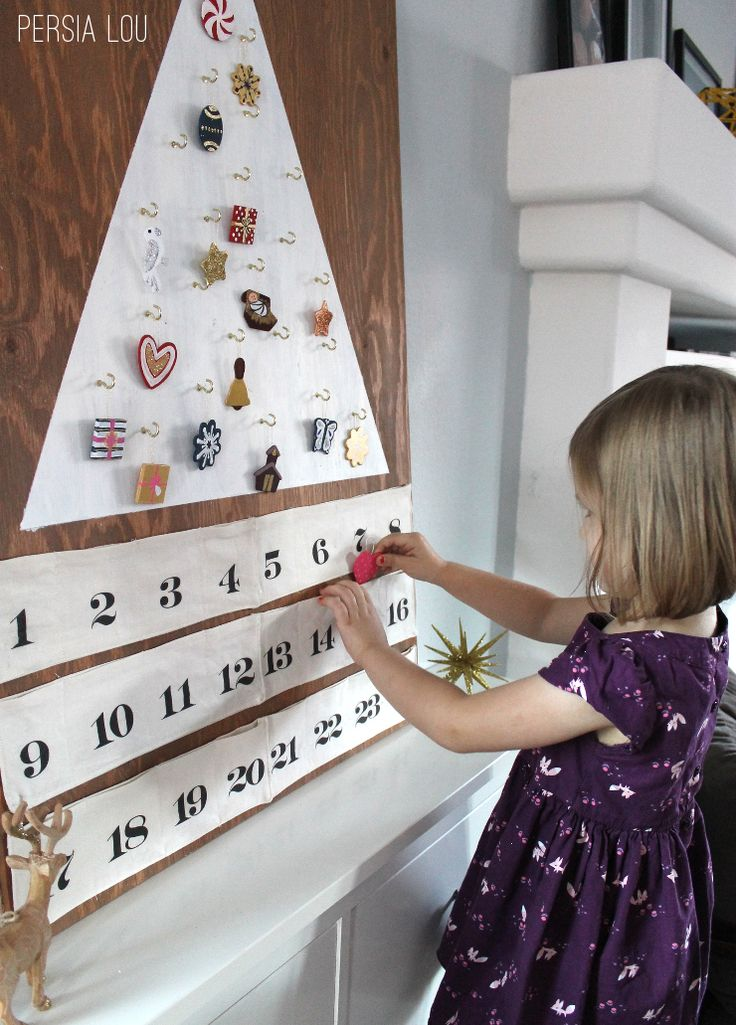 Persia Lou: Modern Tree Advent Calendar