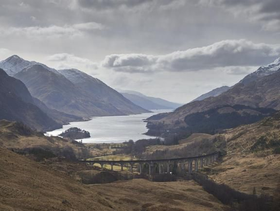 On its way to Hogwarts, in Harry Potter and the Chamber of Secrets (2002), the flying Ford Anglia lands on Glenfinnan Viaduct.
