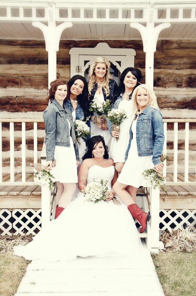 wear jean jacket with wedding dress