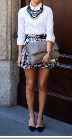 Floral skirt: Big Necklaces, Clothing, Clutches, Beautiful Skirts, Floralskirt Beads, Classic White Shirts, Black Floral Skirts Outfit, Closet, Cute Skirts