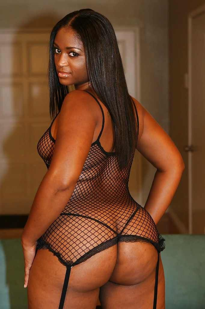 Sexy ebony girls much guys