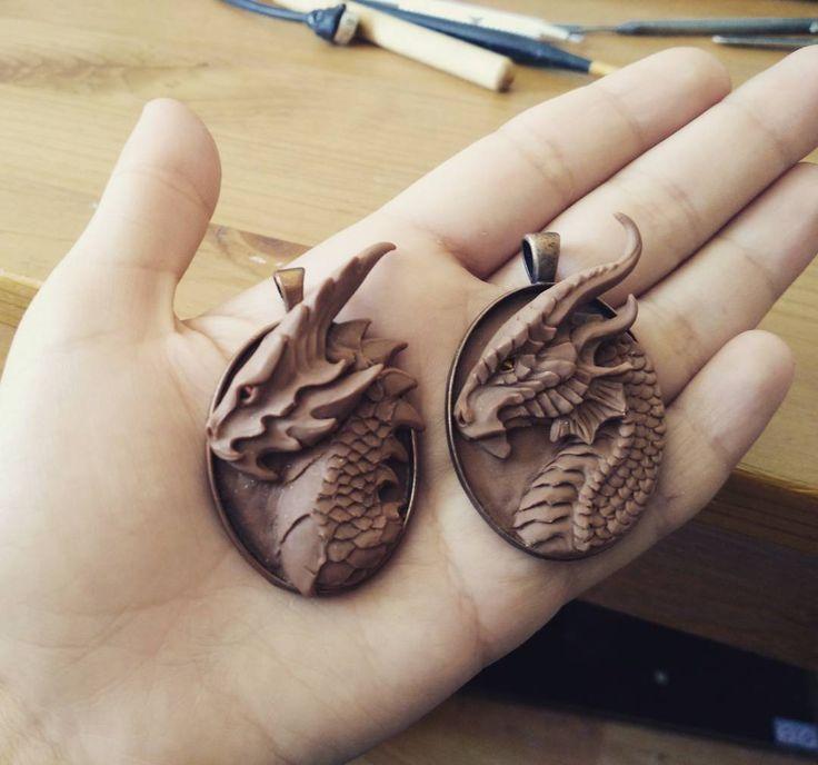 """211 gilla-markeringar, 11 kommentarer - RedPersik (@redpersik) på Instagram: """"Some old dragon pendants x)  #artspotted #arts_help #worldofartists #fantasycreature…"""""""