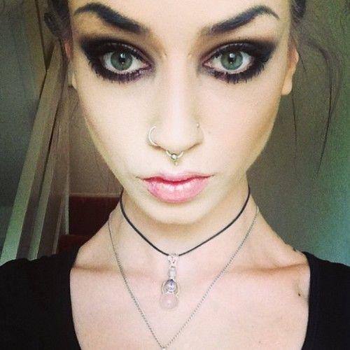 i love felice fawns nose rings,  i want all of them!