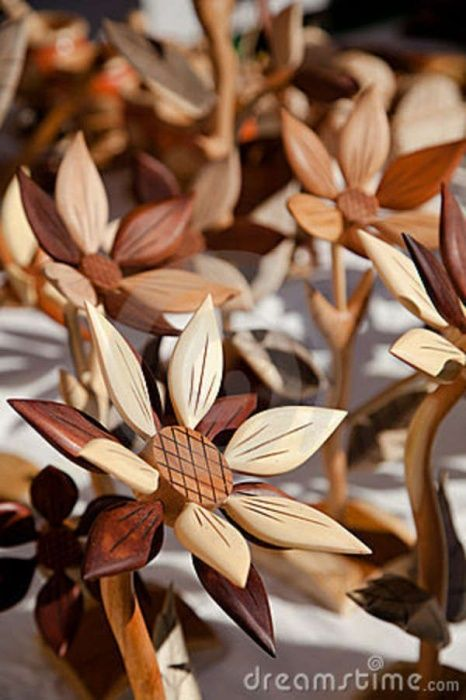 wooden flowers.. ....... More Amazing #Woodworking Projects, Tips & Techniques at ►►► http://www.woodworkerz.com