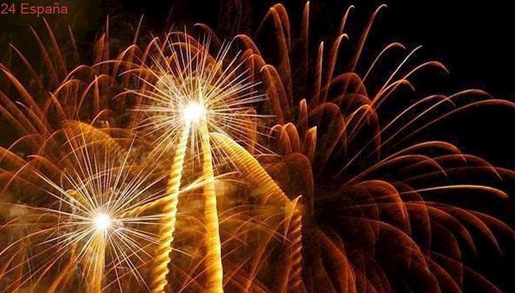 Noche de fuegos en el parque Enrique Tierno Galván para despedir el periodo estival