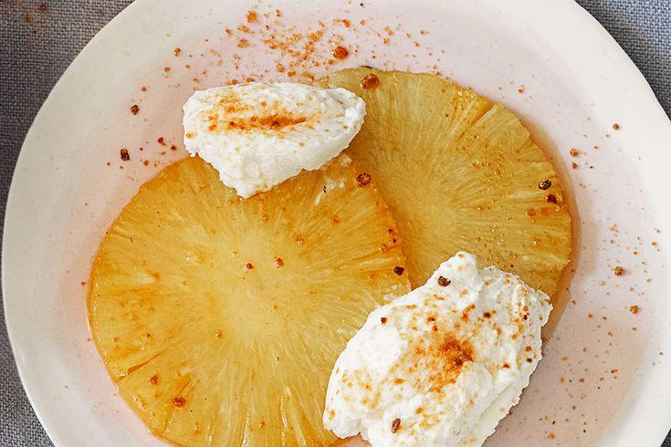 Ananas caramellato e ricotta profumata