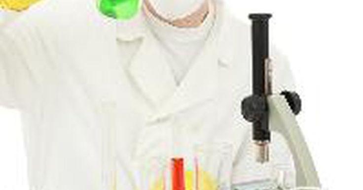 Propiedades físicas del cesio. El cesio (Cs) es un elemento químico cuyo número atómico es 55. Es altamente reactivo con el agua y es uno de los pocos metales líquidos a temperatura ambiente o cercana a ella.