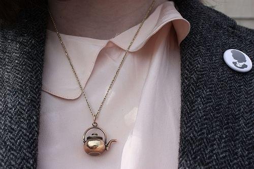 so pretty, teapot necklace