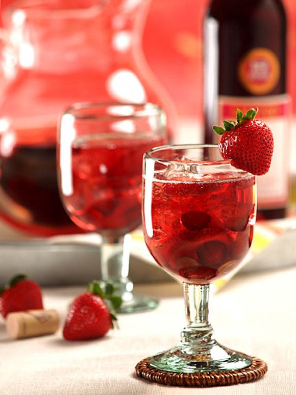 Cocktail Corner: Sweetheart Red Sangria for Valentines Day