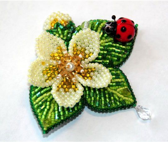 Beaded Embroidery brooches by Lubov