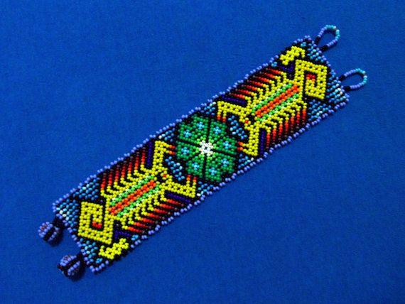 Huichol Bracelet Free Ship  Scorpion Peyote por ManoDeGato en Etsy