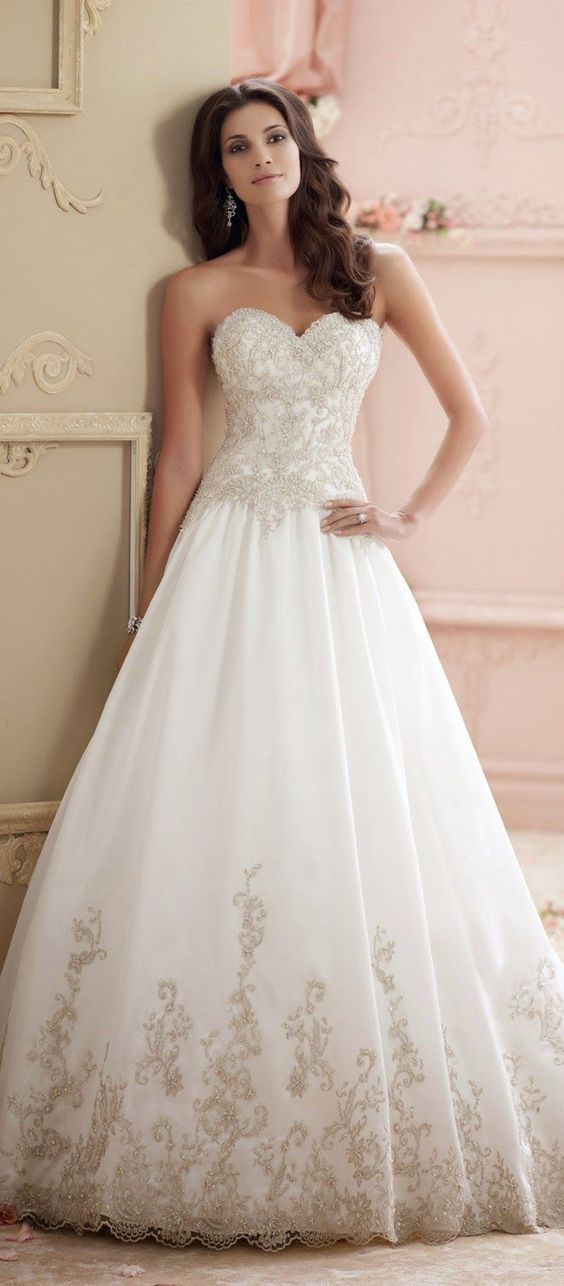 David Tutera for Mon Cheri sweetheart aline wedding dress / http://www.himisspuff.com/sweetheart-wedding-dresses/5/
