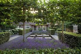 Afbeeldingsresultaat voor klassiek moderne tuin