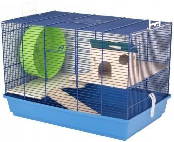"""Ein komlpett ausgestattetes Zuhause für Ihre Tiere bietet das Mäuse- und Hamsterheim Elmo """"M"""". Inkl. Holzetagen, Laufrad, Holzleitern und Holzhaus."""