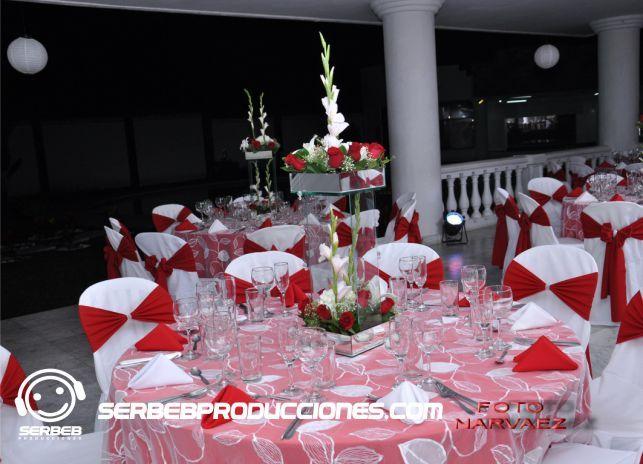 Se agenda una cita para escoger toda la decoración de tu boda: Estilos de Manteles, Colores, Tonos, Centros de Mesa