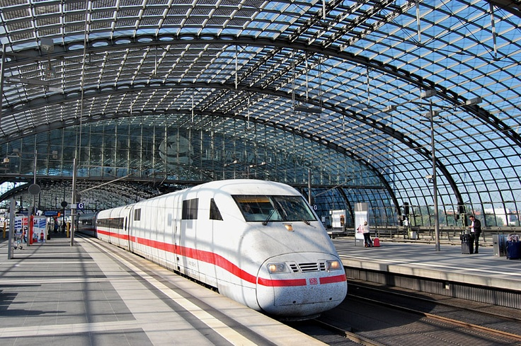 Berlin ostbahnhof on pinterest alte z ge 1 weltkrieg for Berlin to dresden train