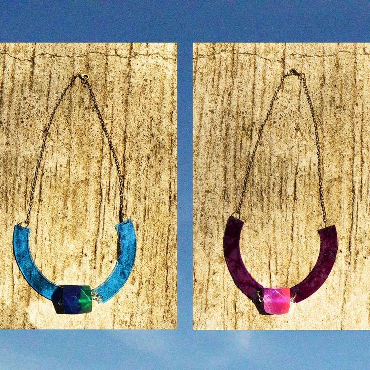 BLUE/ MAGENTA NEAPOLITAN NECKLACE (Resin Pendulum + Acrylic) -- 70K
