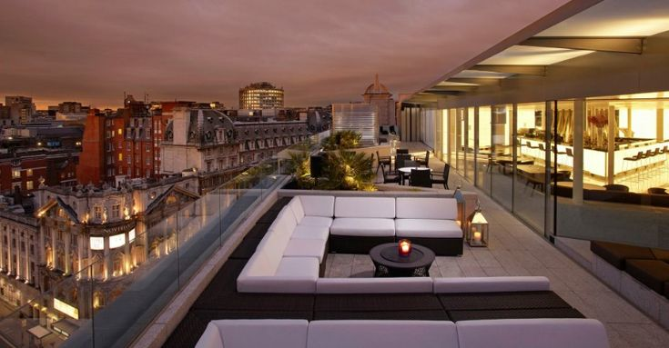 The best bar in London. / interior design, bar design, modern style/ #restaurantinterior #rooftop #london / See also: http://www.designcontract.eu/hospitality/london-night-glamorous-bars/