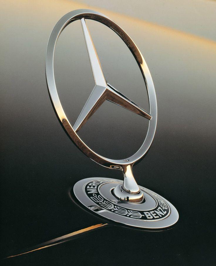 1000 images about mercedes benz on pinterest cars for Mercedes benz star emblem