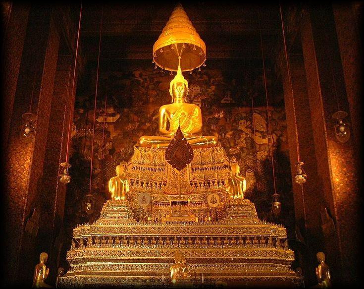 タイ・バンコクの寺院、ワットポー。タイのおすすめ観光名所