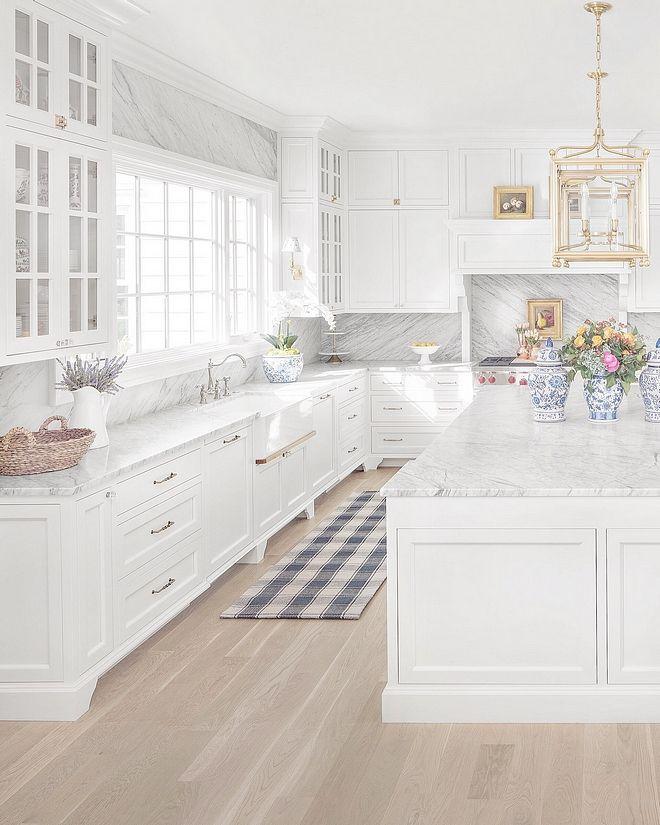 Classic Colonial Home Design In 2020 White Kitchen Design Kitchen Design Trends Kitchen Interior