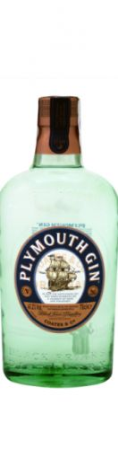 """O Gin Plymouth é um caso único. Para além do nome do Gin é nome da Região, da cidade de Plymouth, que é como se fosse uma """"região demarcada"""" do gin. A destilaria onde gin é produzido funciona desde 1793 e é destilado de 7 botânicas diferentes, com a água mais pura da região de Dartmoor e cereais vindos da histórica destilarias de Black Friars – a mais antiga destilaria de Inglaterra ainda em funcionamento.Uma das ciências de Plymouth é conseguir um equilíbrio perfeito no seu gin, nenhum…"""