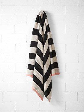 Stripe Throw