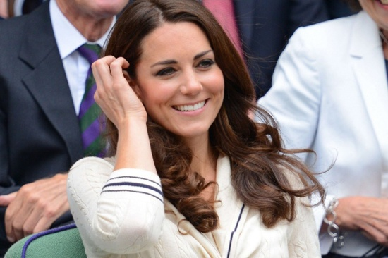 Kate Middleton looked super chic at Wimbledon. (ok, ok - nothing new here)  via Chicasaurusrex: Prince Williams, British Tennis, Wimbledon 2012, Royals High, Kate Middleton, Duchess Kate, Cambridge, Princesses Kate, Andy Murray