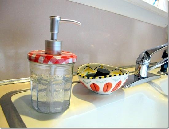 DIY soap dispenser...10 minute start to finish