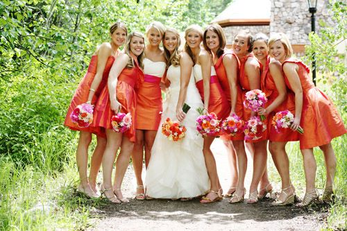 Colorful orange and pink bridesmaids dresses and bouquets, photo by Jenna Walker, via Junebug Weddings ( cici)Ideas, Colors Orange, Orange Dresses, Orange Bridesmaid Dresses, Pink Bridesmaid Dresses, Lulakate