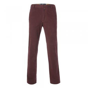 A classic burgundy tailored fit casual chino. The fabric is a soft cotton twill with a small % of stretch, making this a very comfortable trouser. Features include - zip fly, contrast stitching detail, narrow belt loops, a finished hem, side pockets and double jett button hip pockets, Magee leather tab at the back and gooffer loop.