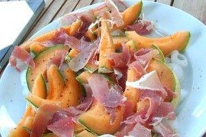 Aperitiv cu pepene galben si sunca - Culinar.ro