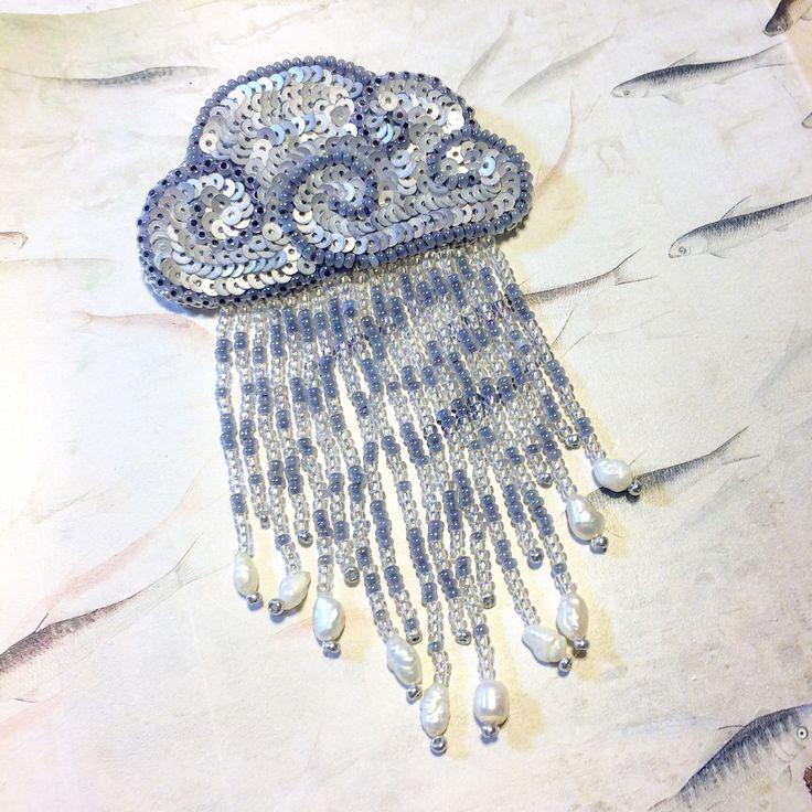 """Купить Брошь """"Летний дождь"""" - брошь, брошь ручной работы, бисер, пайетки, облако, дождь"""