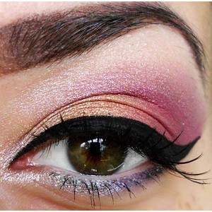 Different color eye shadow